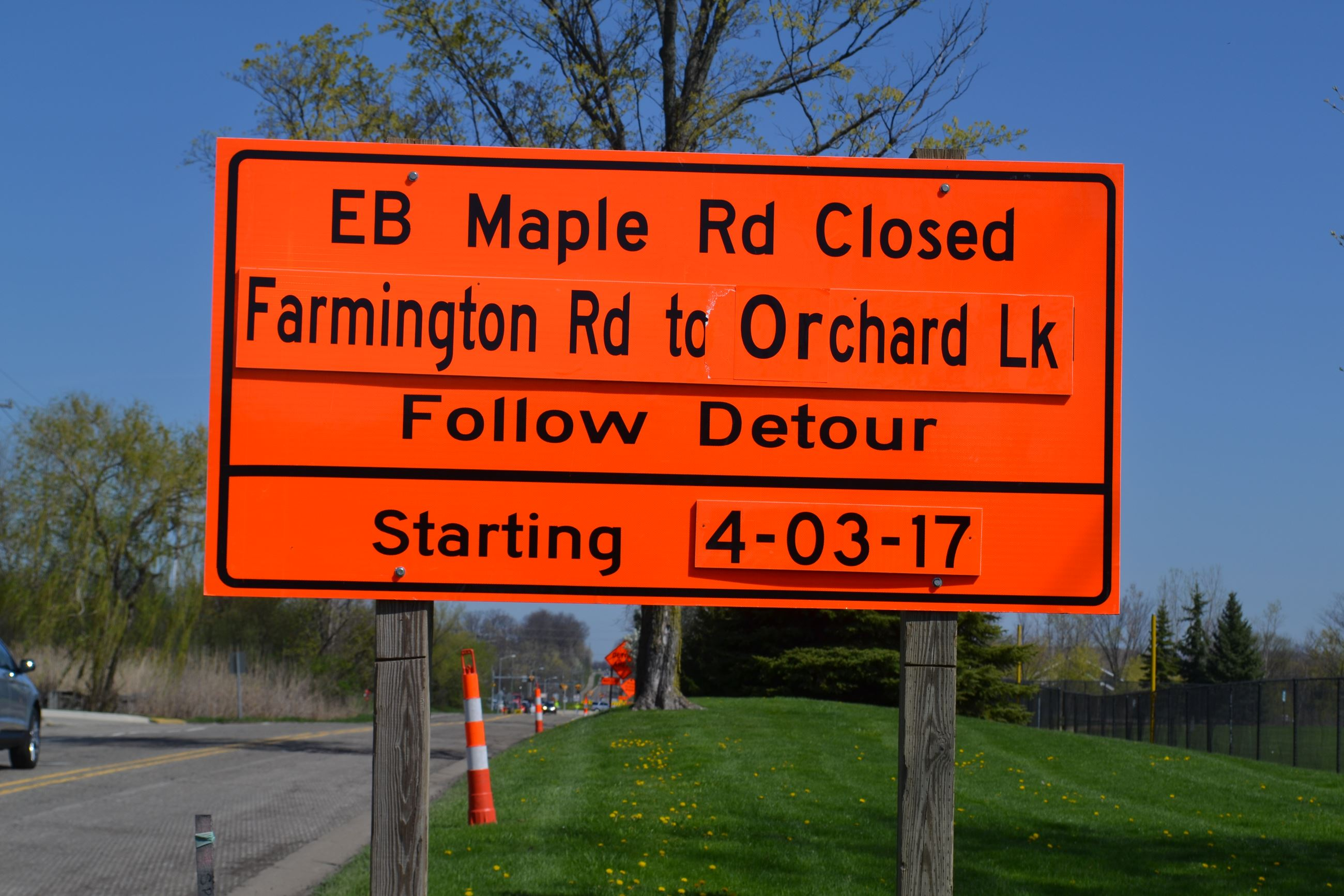 Maple Road Closure Sign