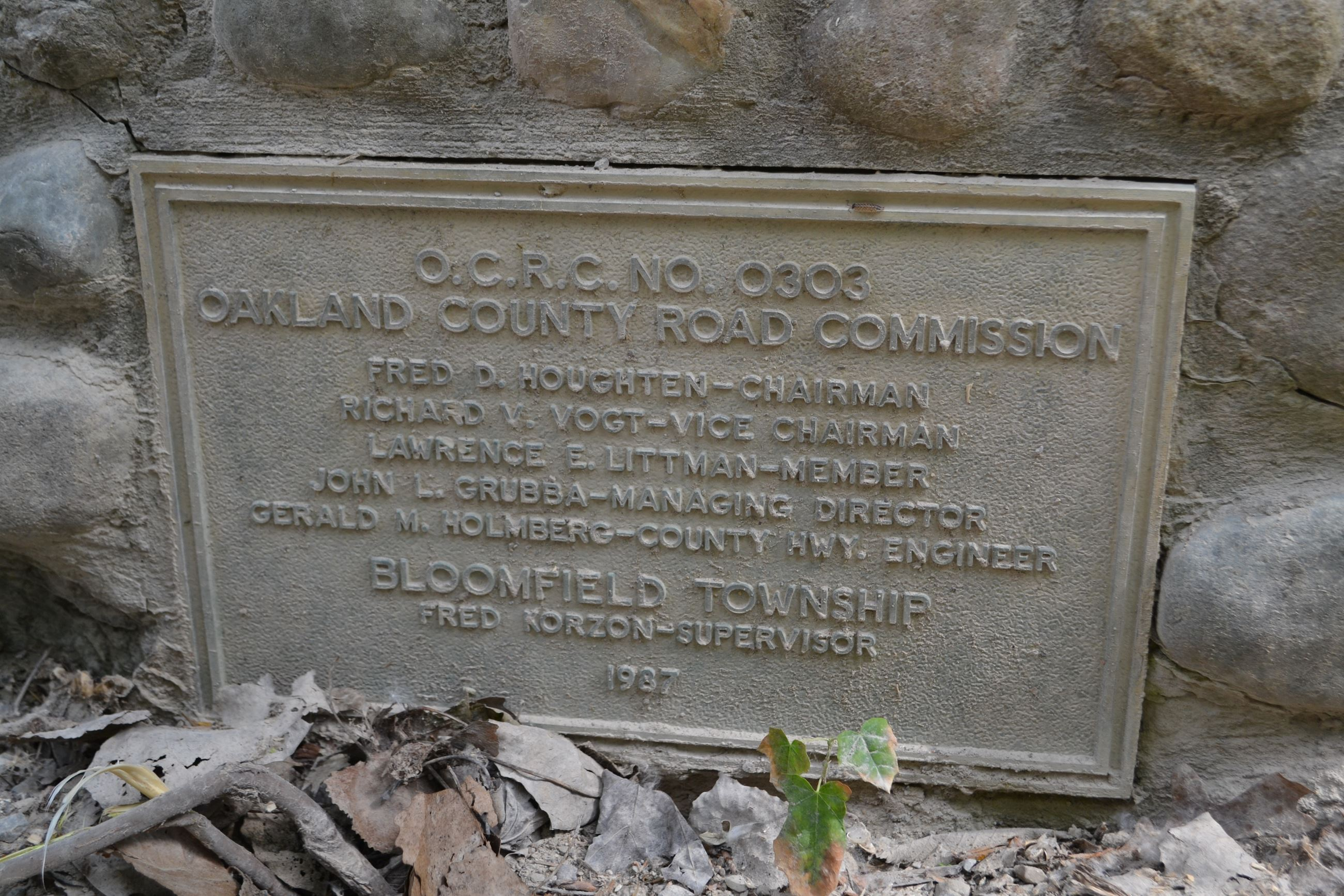 Manor Road Bridge, Bloomfield Twp (1967 dedication plaque)